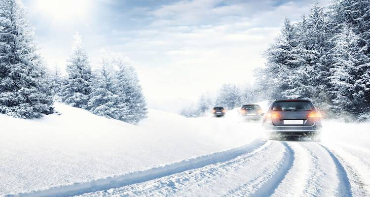 how to drive in snow