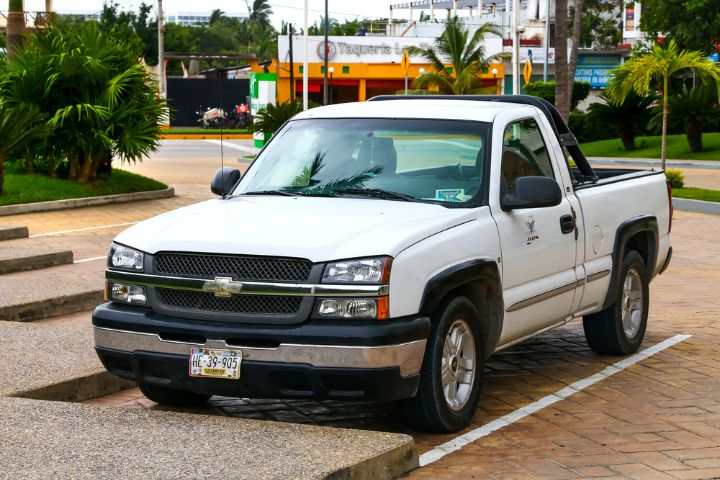 9 Best Aftermarket Headlights For Silverado-(Buying Guide 2021)