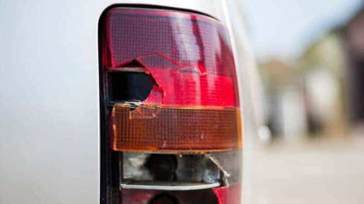 how to replace a tail light cover